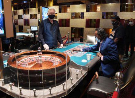 How To teach Online Gambling