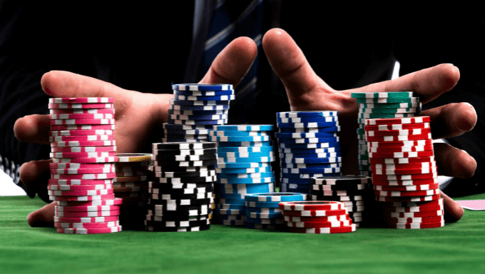 What Everybody Must Find out about Online Gambling